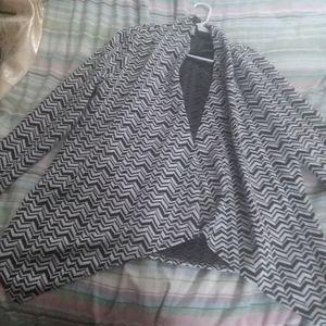 CHEVRON Long-sleeve Cardigan w/ Long Sides